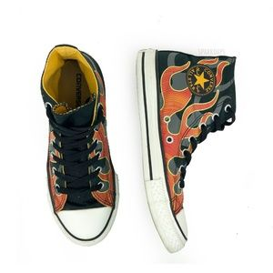 Converse Chuck Flames Lace Up Sneakers | 3